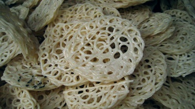 Noodles crackers
